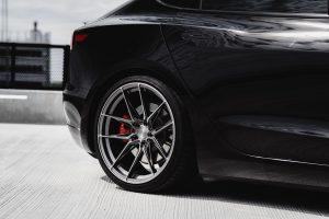 Tesla-Model-3-with-Riviera-RF107-Flow-Formed-Alloy-Wheels-48