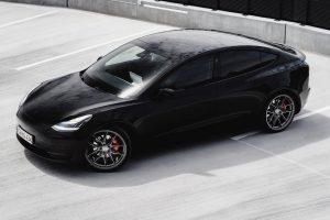Tesla-Model-3-with-Riviera-RF107-Flow-Formed-Alloy-Wheels-67
