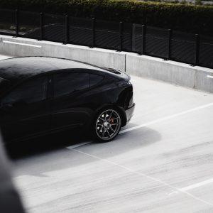 Tesla-Model-3-with-Riviera-RF107-Flow-Formed-Alloy-Wheels-74